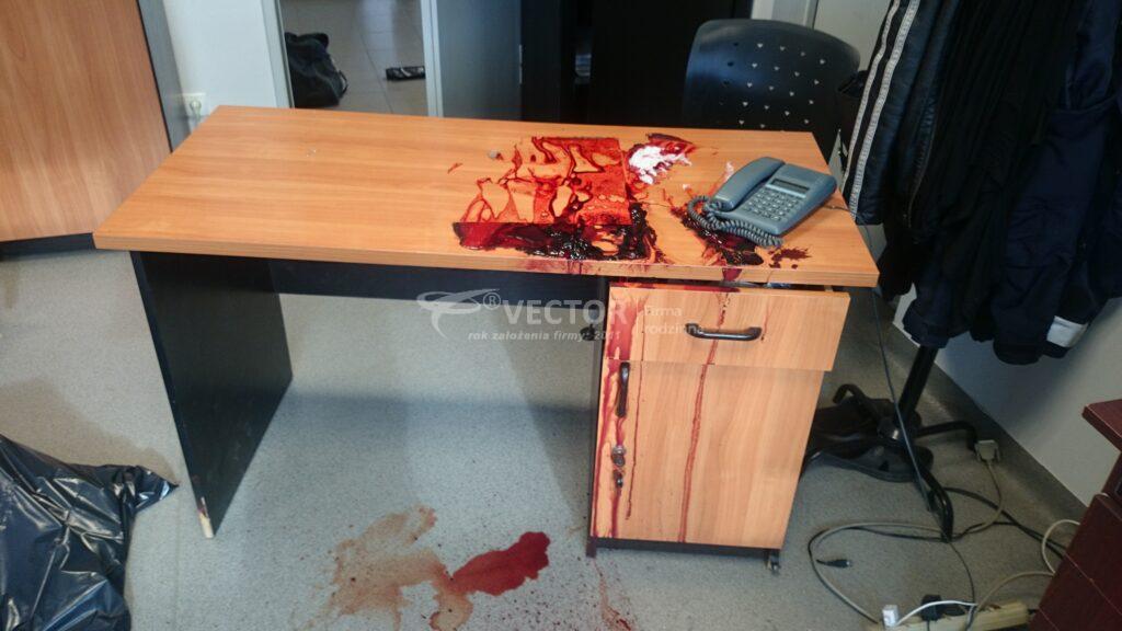 Sprzątanie po samobójstwie wykonane przez Vector z Łodzi